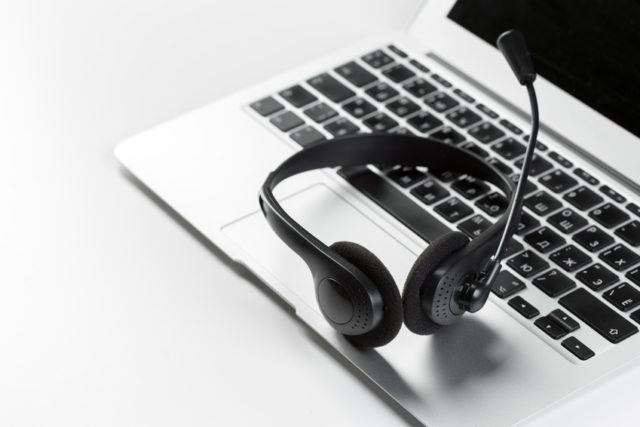 art of top B2B cold calling scripts, tips, techniques, openers and best practices on how to make effective, successful cold phone calls that really work to get appointment for sales